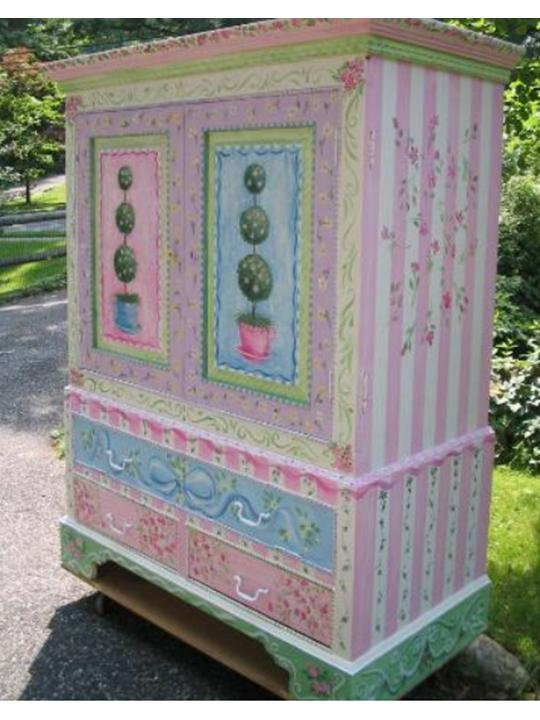 Armoire- Girls Painted with Topiaries | The Purple Painted ...