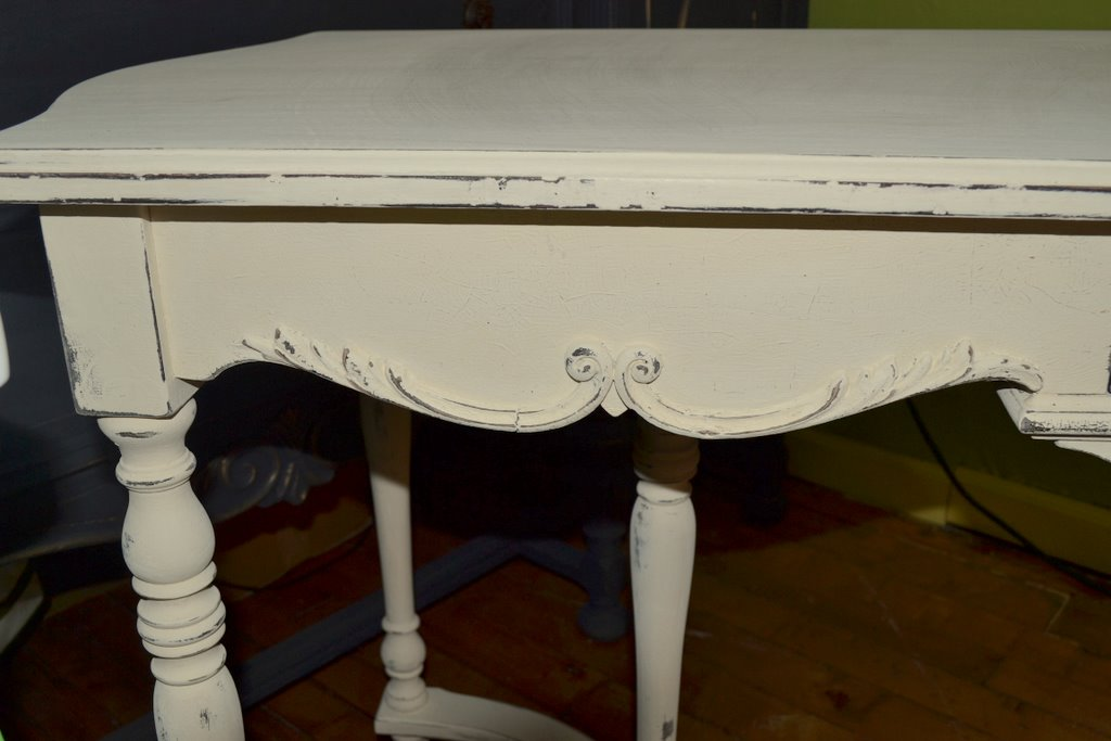 Information About Chalk Paint The Purple Painted Lady