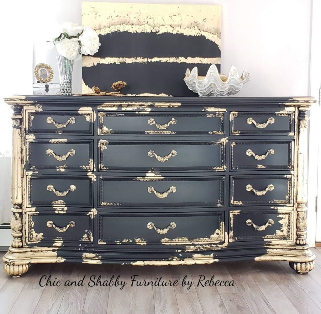 Gold Leaf Metallic Foils And Gilding Are All Ways To Make Your Furniture Or Frames Look Amazing The Roach Though On How Use These Products At